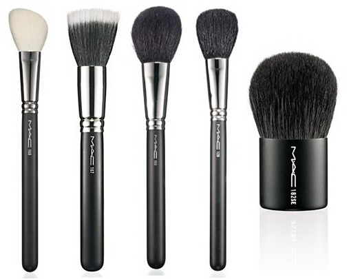 20091215-mac-cosmetics-face-brushes