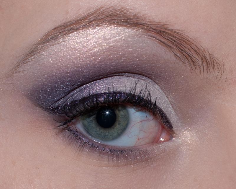 purple-gaze-003