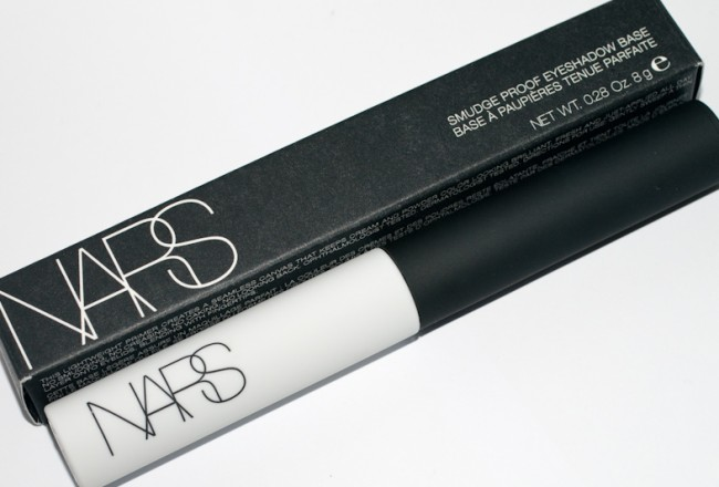 nars-smudgeproof-001