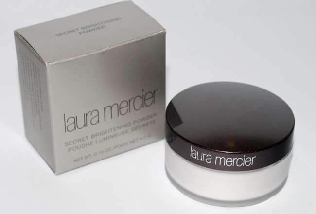 laura-mercier-brightening-powder-001