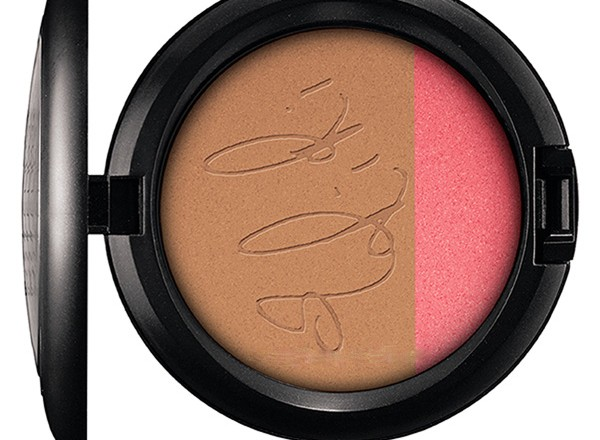 MAC-Summer-2013-RiRi-Loves-MAC-Summer-Powder-Blush-Duo-Rihanna