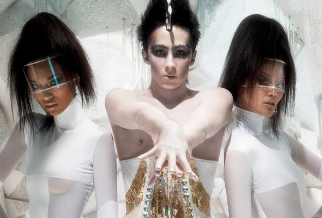 mac-glitter-and-ice-noel-2011-1