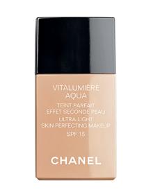 <center><b>Chanel</b> FdT Vitalumière Aqua - 38€</center>